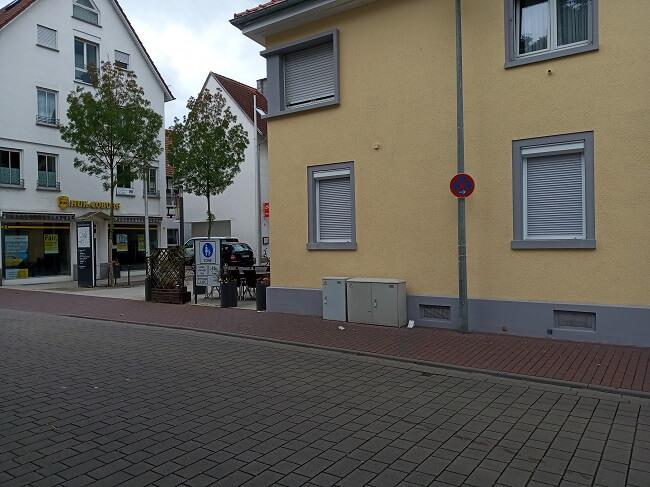 Parkverbot am Salerno, Wasserstraße in Viernheim