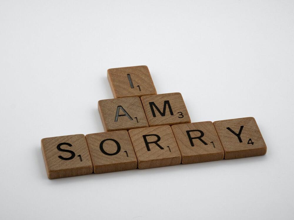Scrabblebuchstaben Sorry